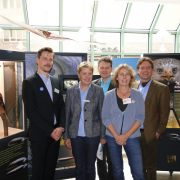 Feierliche Eröffnung der Rotmilan-Wanderausstellung (v.ln.r.: Peer Cyriacks, Christel Wemheuer, Bernd Blümlein, Ute Grothey, Hilmar Freiherr v. Münchhausen)